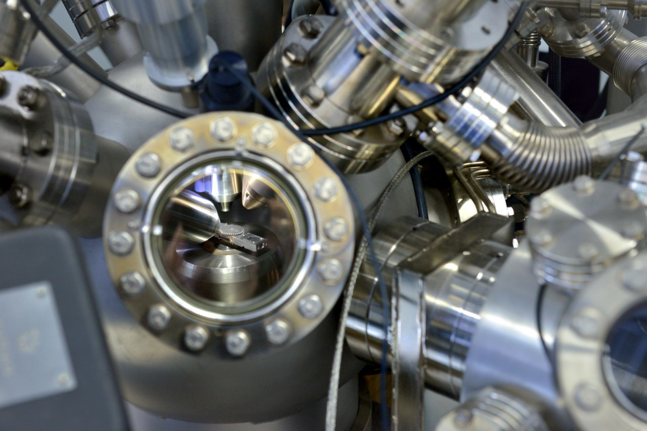 ESCALAB™ XI+ X-ray Photoelectron Spectrometer (XPS) Microprobe