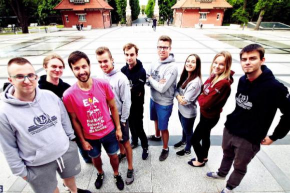 Studenci WEiA