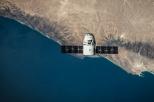 Widok ziemi i rakiety kosmicznej