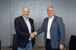 . Władze wydziału podpisały w czwartek, 8 lipca, umowę ze znaną firmą jachtową Sunreef Yachts.